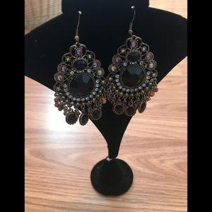 Jewelry - 26 Vintage earrings
